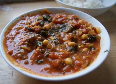Prawn, Spinach & Chickpea Curry